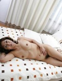 Sex-hungry asian Mummy Eriko Nishimura displaying her unshaven fuckbox
