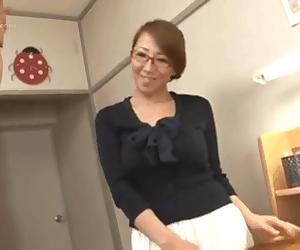 Huge japanese knockers